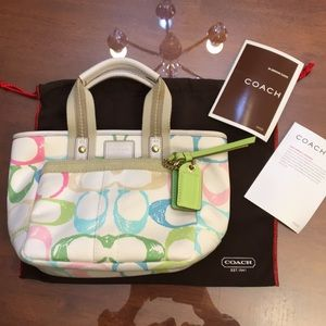 COACH Hampton Pink Zip Tote A065-201 &storage bag